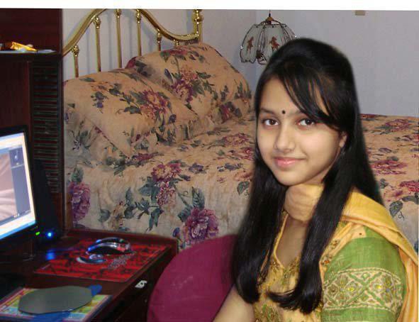 Wallpapers  Beautiful Hot Cute Pakistani Local Beauty -4089