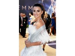 Lancôme assina beleza de Penélope Cruz no Emmy Awards