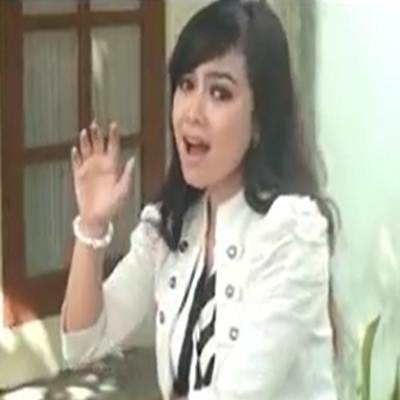 Download Lagu Minang Lidya Adriadedi Cincin Bapindah Jari Full Album