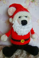 http://www.ravelry.com/patterns/library/its-very-bear-ly-santa