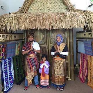 http://www.lomboksociety.web.id/2017/12/18-tips-wisata-di-lombok-dari-sang-ahli.html