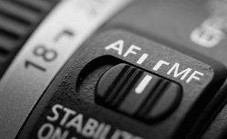MF AF focus setting lens