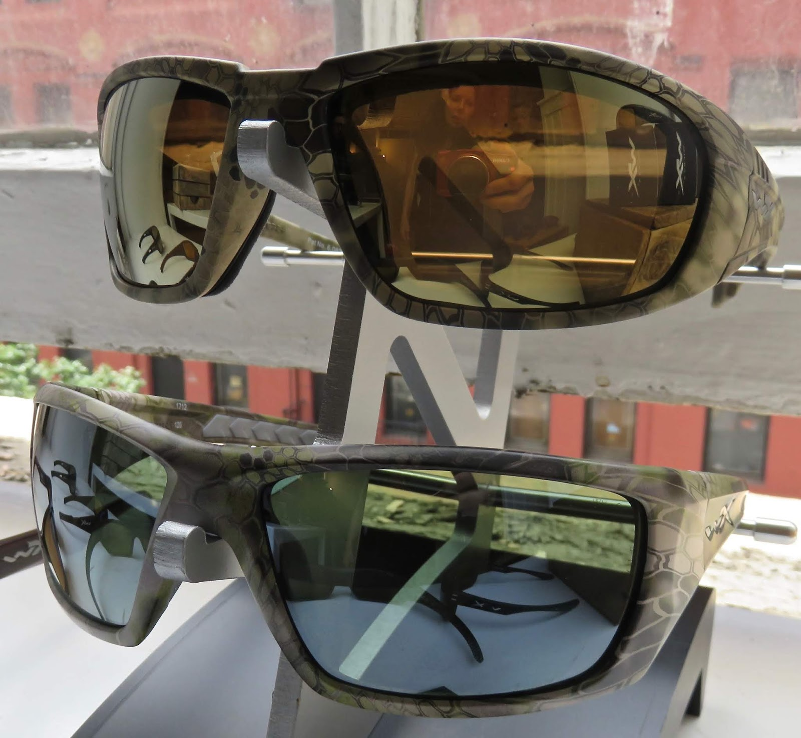 3dbe06e55a WILEY X Realtree™ REBEL with camo frame