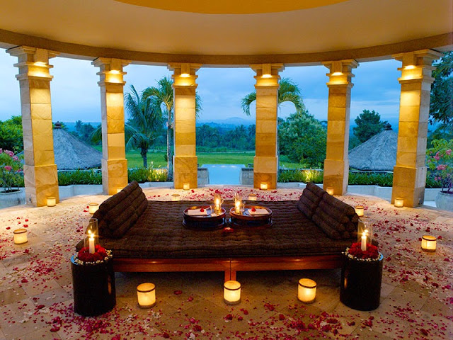 Resort Bali is equipped alongside a lot of room is  Beaches in Bali; The Most Luxurious Hotel in Indonesia