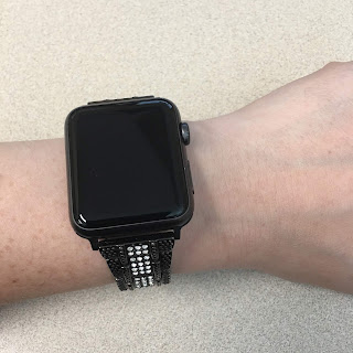 I Didn't Know I Needed an Apple Watch Until I Had One (Apple Watch Series 1 42mm)