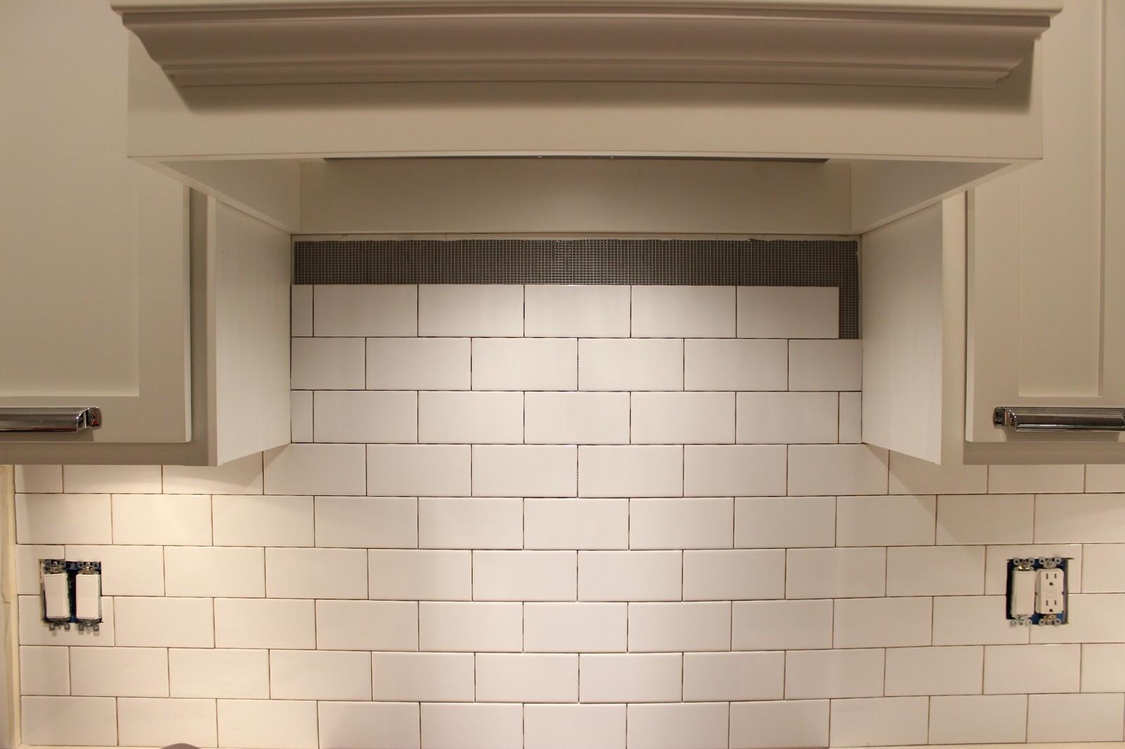 easy diy subway tile backsplash tutorial dream book design. Black Bedroom Furniture Sets. Home Design Ideas