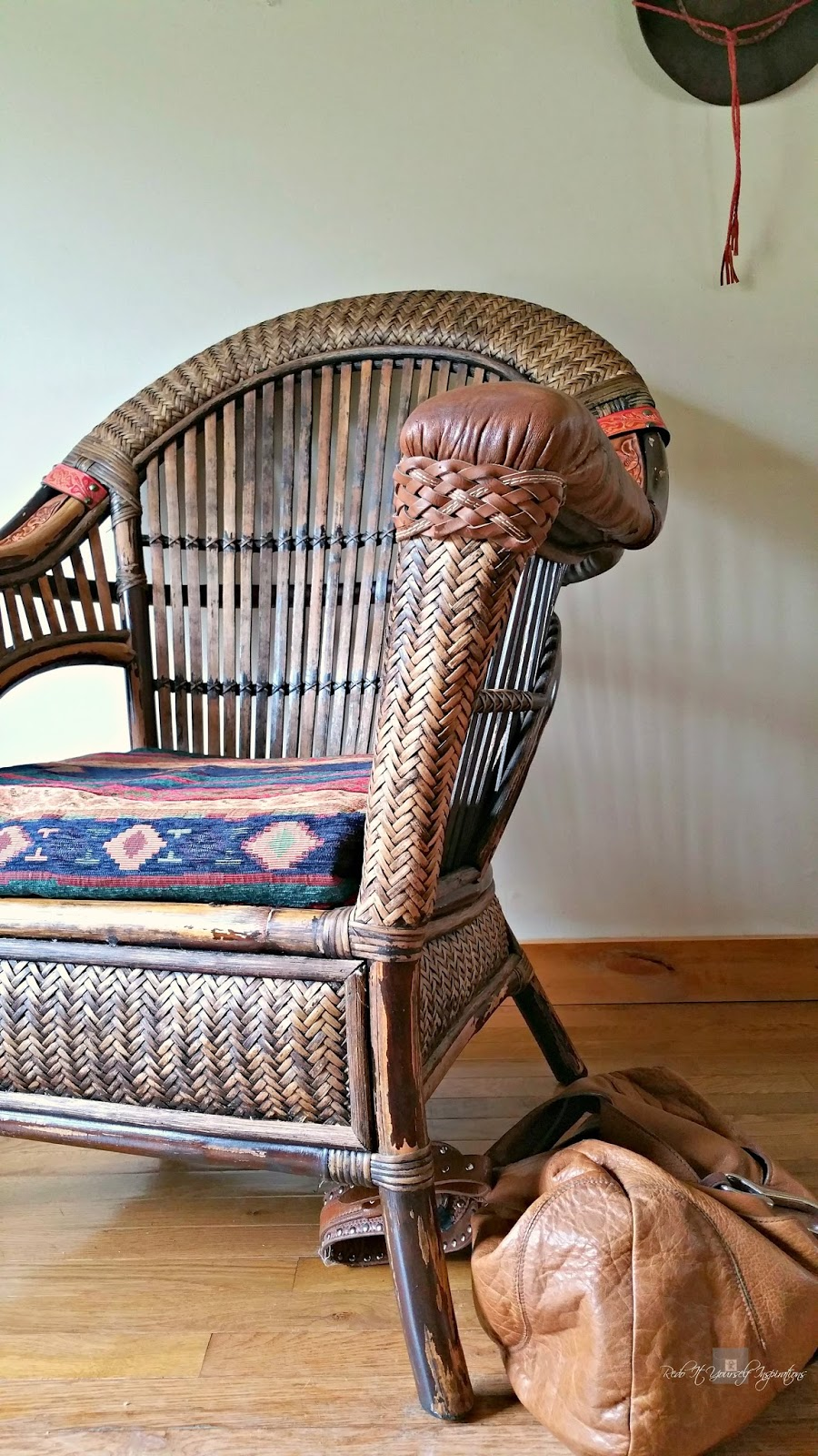 diy leather belt chair elmo fold up pier 1 wicker and rattan makeover | redo it yourself inspirations : ...