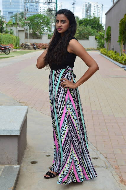The Tribal Maxi Dress OOTD and Nail Art image