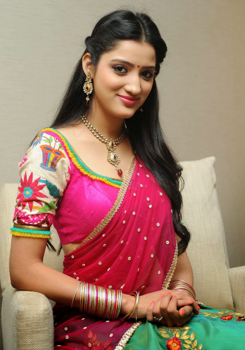 Saree Market South Indian Actresses Richa Panai Red And Green Half -8445
