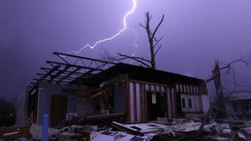 garland-texas-tornado-damage