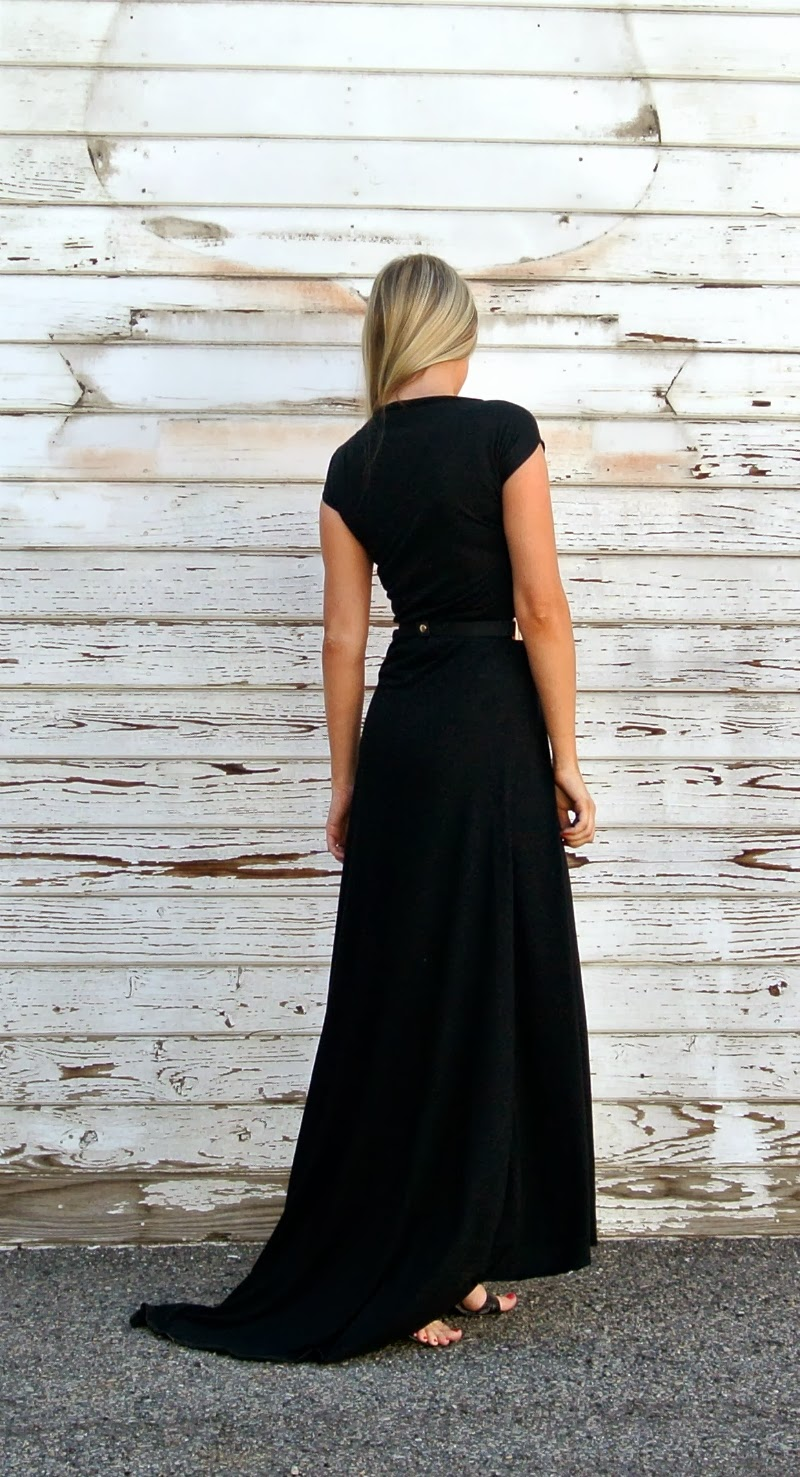 Easy black formal dress with train.  Took her less than 2 hours to make.