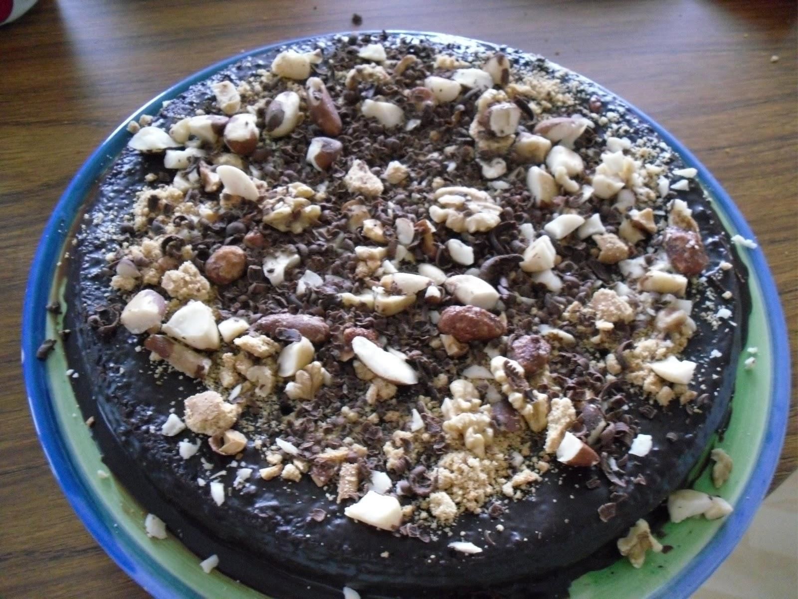 suklaakakku resepti yhteishyvä