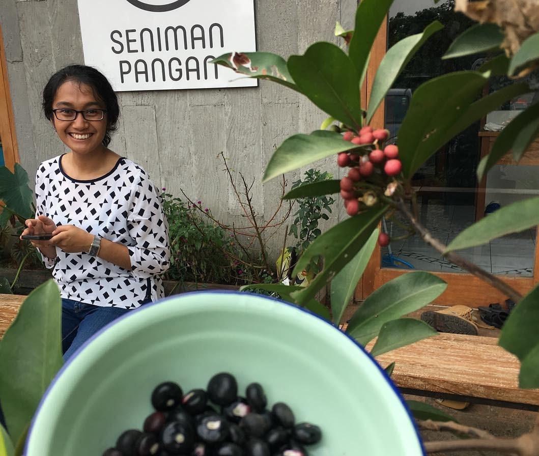 SEKOLAH SENIMAN PANGAN: Cerdas Menjawab Tantangan Regenerasi Petani Muda Indonesia