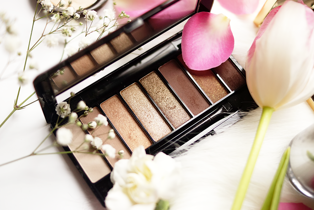 barely-there-beauty-blog-rimmel-magnifeyes-palette-review