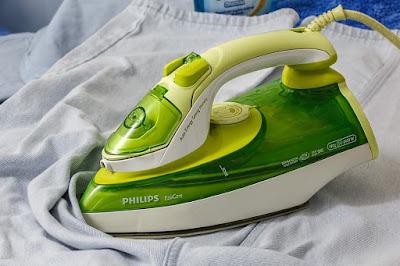 Tawarkan Jasa Setrika Pada Peluang Usaha Laundry