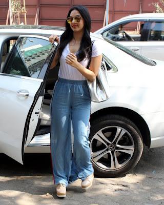 Actress kiara advani cute hd latest images