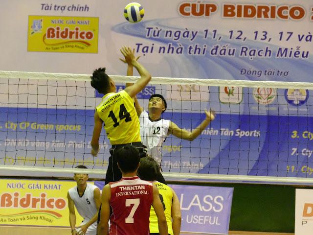 Giải HUBA - Cúp Bidrico 2019: Căng thẳng ở 2 bảng A và D!