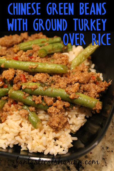Chinese Green Beans with Ground Turkey over Rice | This addictive meal is not only tasty but incredibly easy to make - and ready in under 30 minutes #recipe #greenbeans #turkey #easy