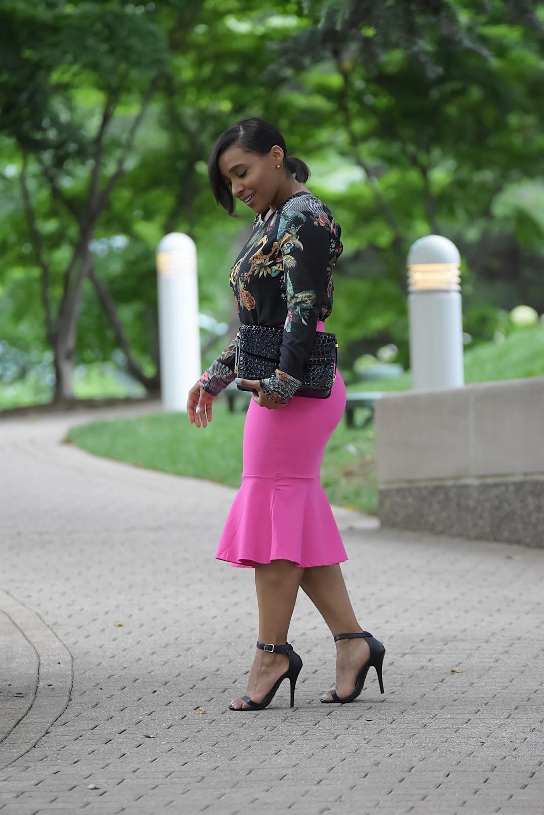 Summer Date Night Look, pink skirt, detail top, date night, tumpet skirt, sara boo, date night ideas