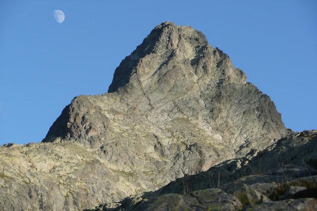 Escaladas en Panticosa, Pico serrato