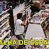 Homem tenta assaltar loja com espada e descobre que atendente também tinha uma