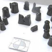 В Новгороде археологи нашли древние шахматы и берестяную грамоту