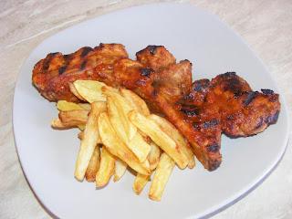 Coaste de porc la gratar cu cartofi prajiti retete culinare de mancare,