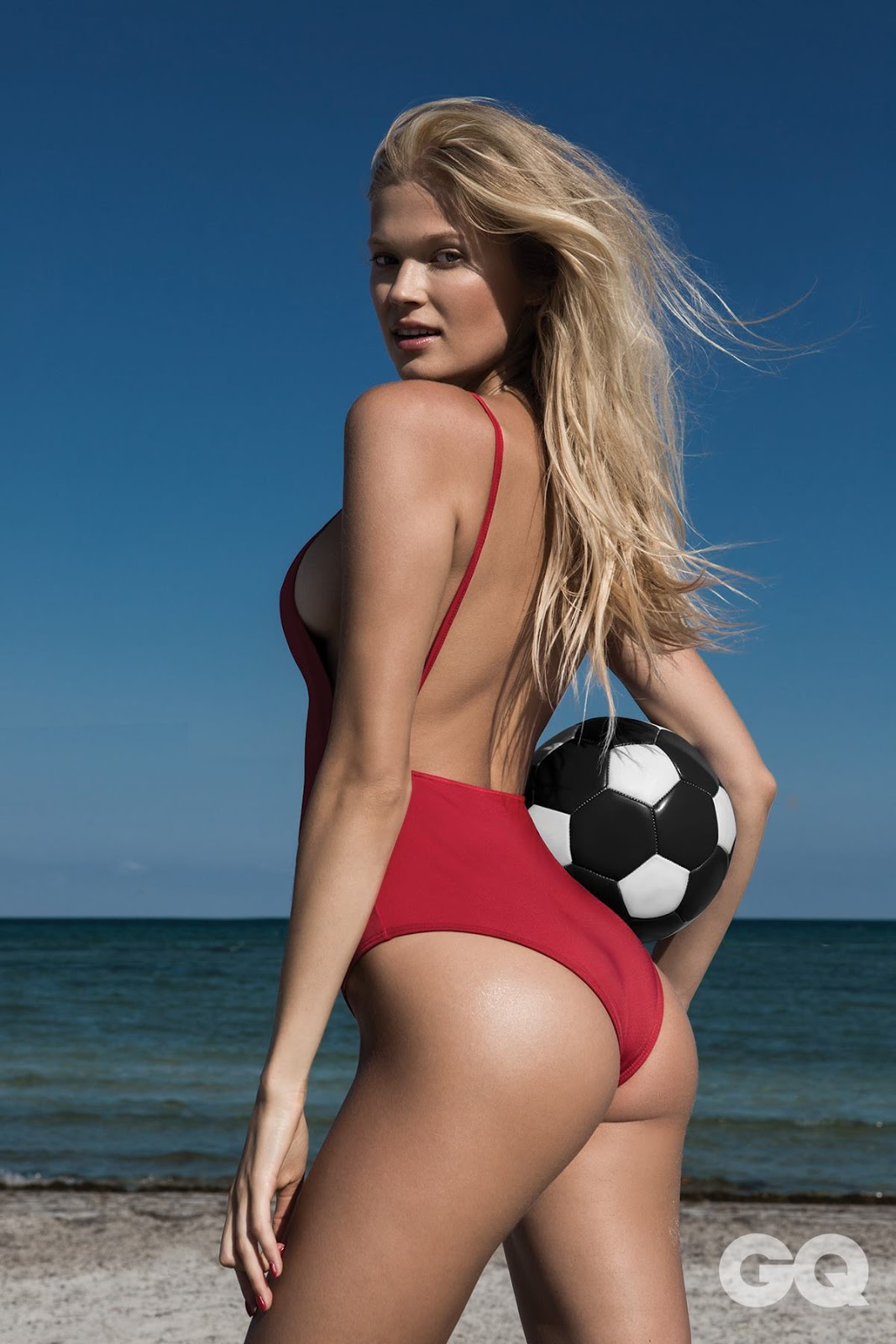 GQ México June 2018 Vita Sidorkina by Greg Lotus
