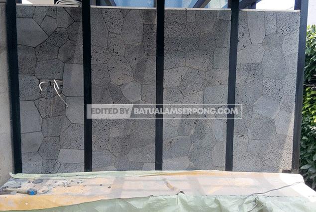 dinding batu alam templek