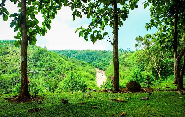 Gunung Susuru - Bukit Dengan Situs Bersejarah