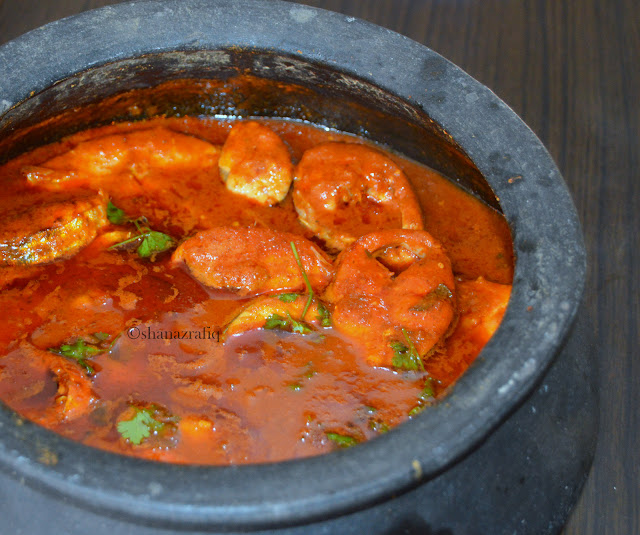 Spicy Fish Curry ~ Surmai Khatta Mirchi