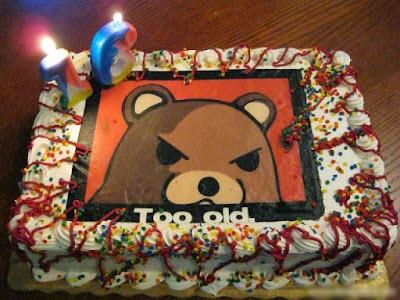 Lustige Torte zum Geburtstag