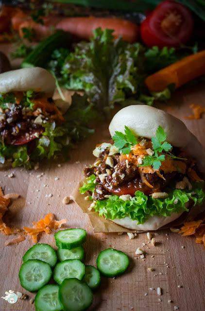 Bao Burger mit Hackfleischfüllung