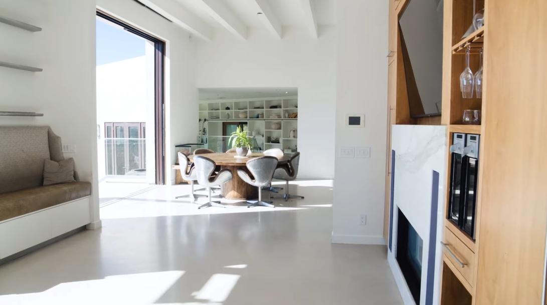 10 Interior Design Photos vs. 6315 Gayton Pl, Malibu, CA Luxury Home Tour