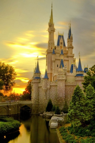 Nice Wallpaper For Iphone 5 Wayfaring Mouse The World Of Disney For The Young At