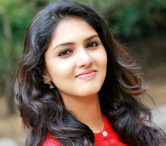 Gayathri Suresh upcoming 2019 tamil film '4G' Wiki, Poster, Release date, Songs list