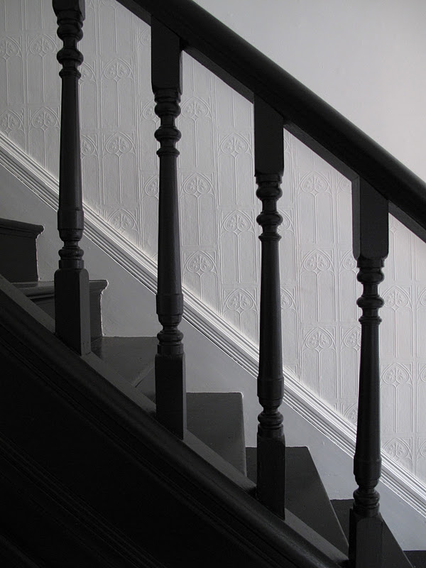 47 Park Avenue Black Painted Staircase