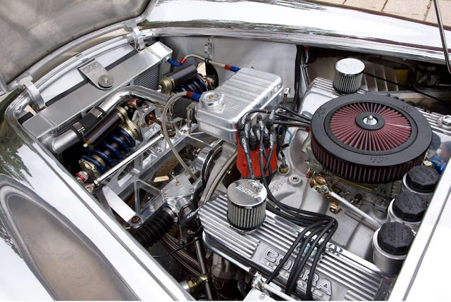 428 cubic-inch Cobra engine