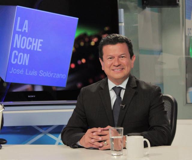 Hugo Martínez afirma que el FMLN no  le consultó el uso de la imagen de San Romero en la campaña electoral