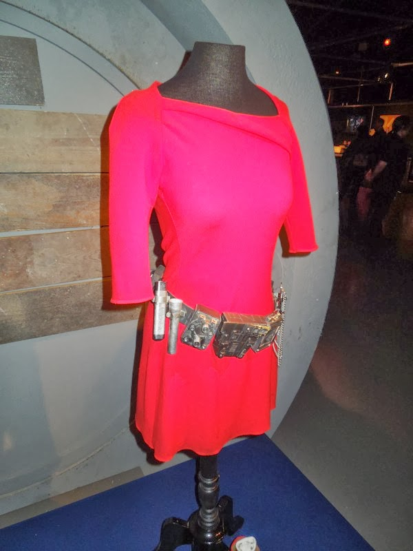 Oswin Oswald outfit Asylum of the Daleks Doctor Who