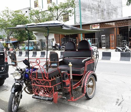 Becak motor di Tanung Balai