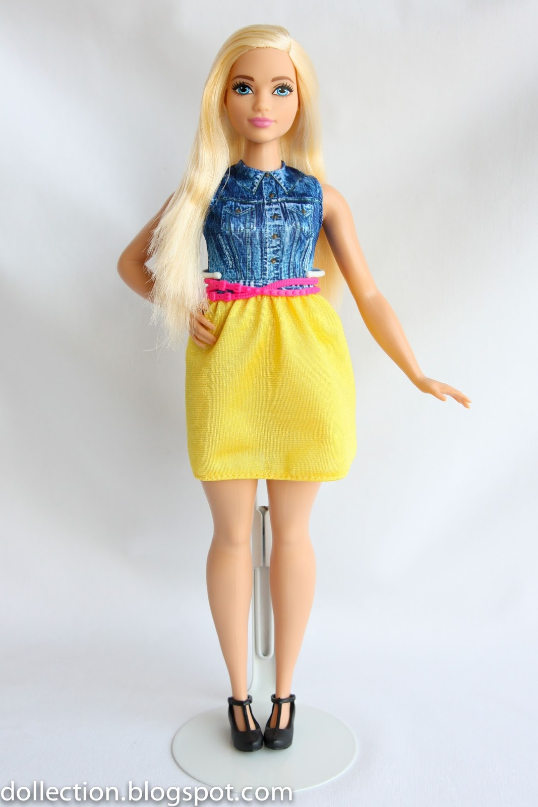 Margaret Ann Dolls Review 48 Barbie Fashionistas Doll 22 Chambray Chic Curvy