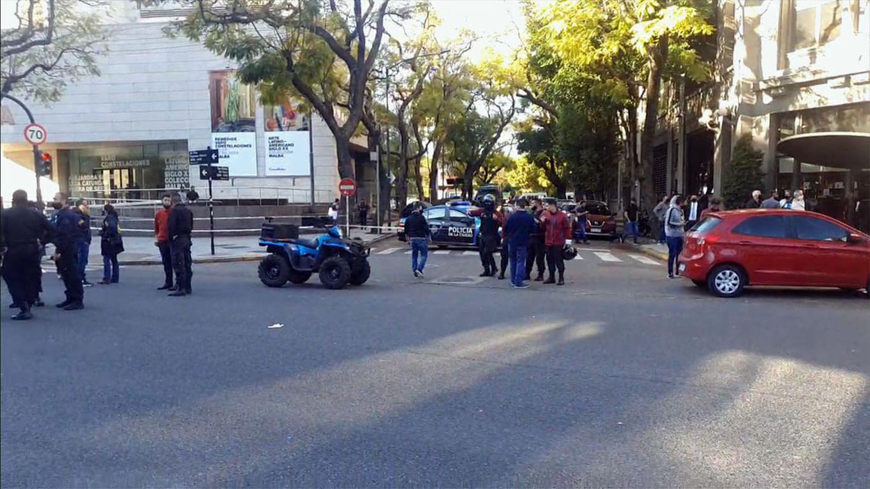 Policía murió apuñalado en Palermo