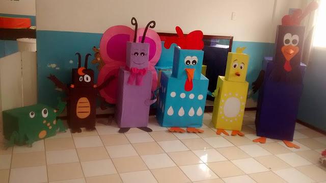 Personagens Galinha Pintadinha de Papelão e color 7