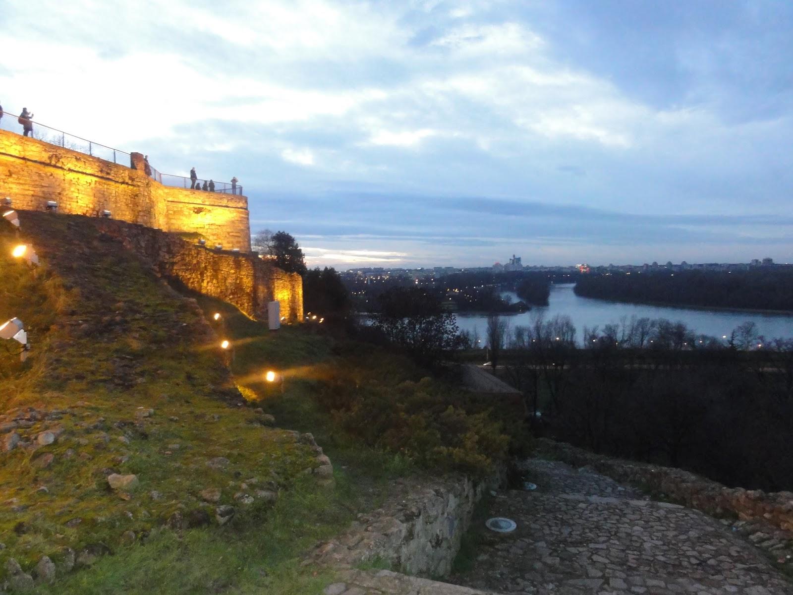 Servia Belgrado Magu Pelo Mundo