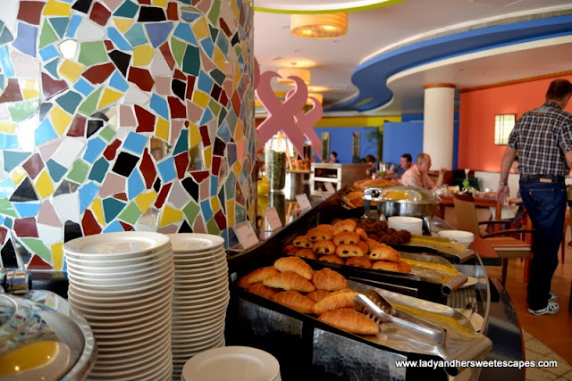 Breakfast choices at Fujairah Rotana Resort and Spa 1