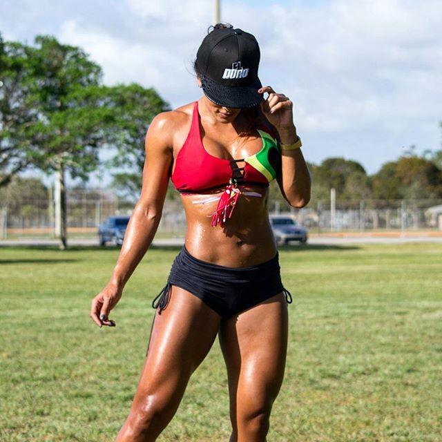 Fitness Model Melissa Piedrahita @melapiedrahita