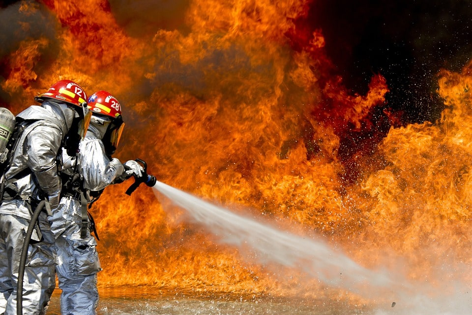 Está el cambio climático avivando los mega fuegos?