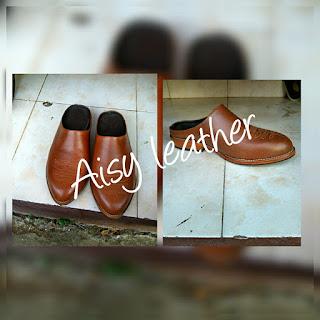 sepatu kulit asli murah berkualitas sesuai pesanan keinginan AISY LEATHER cowok cewek sandal