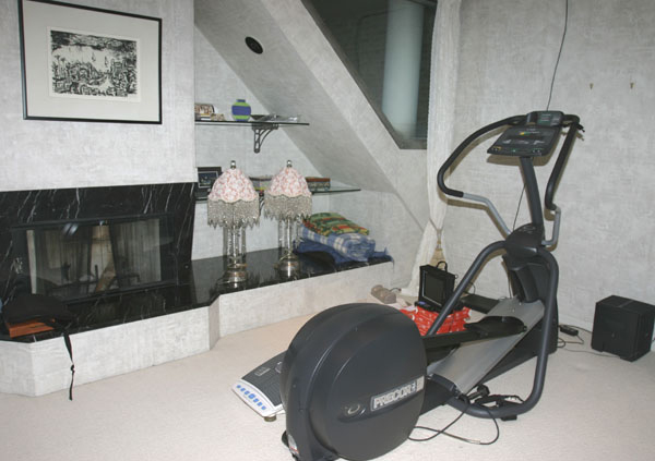 BAD FENG SHUI U2013 A Desk In The Bedroom